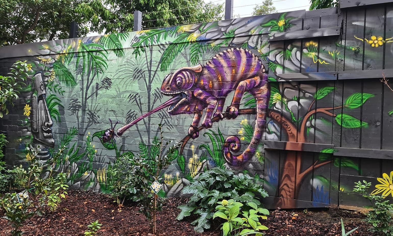 Garden Feature Wall Artist